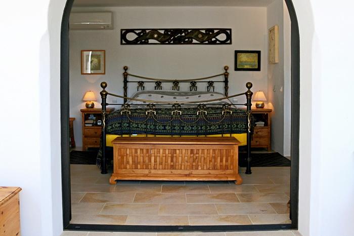 Amonita_Bedroom.jpg
